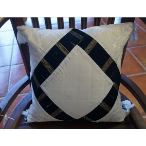 Calico Cushion (Black)